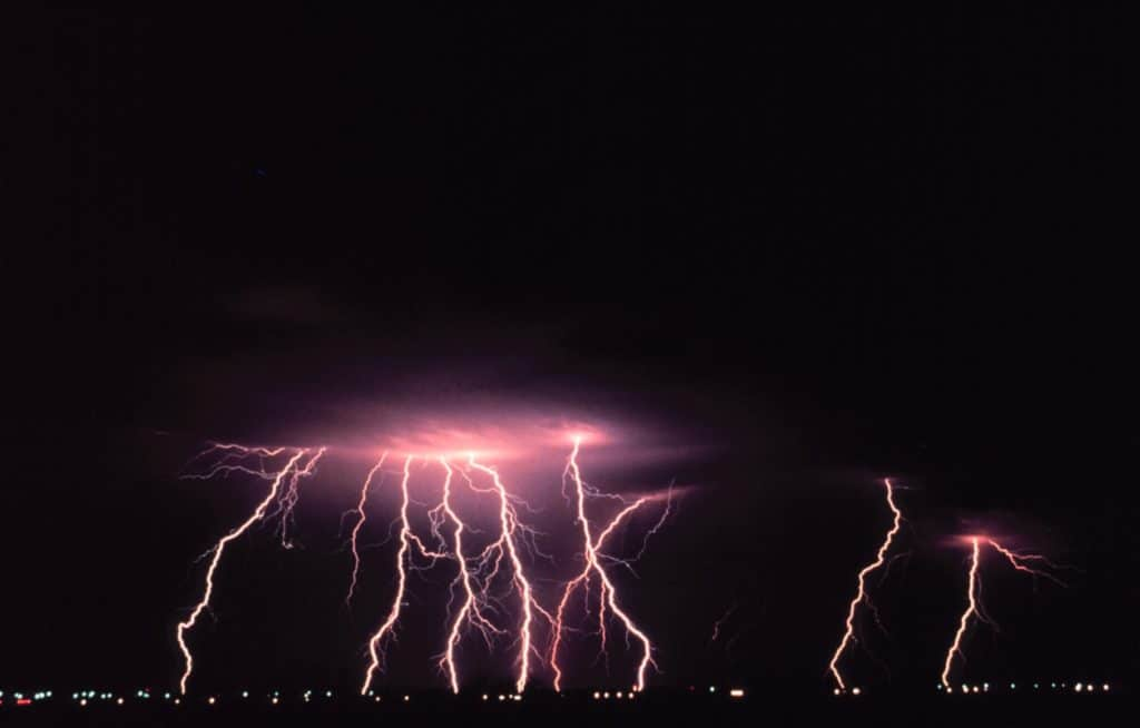 norman oklahoma lightning dangerous 66867 1024x654 - A Dramatic Change in Sciatica Pain